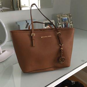 Handbags - Michael kors small tote